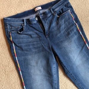 Loft Detailed Jeans